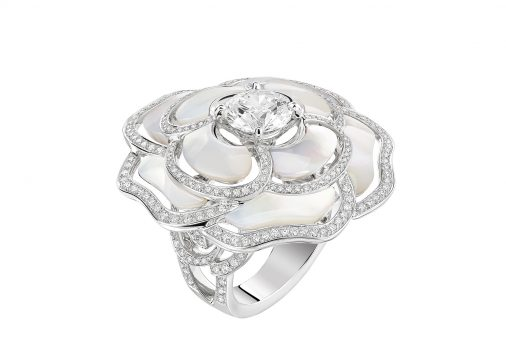 Bague Camelia Nacre Diamant Chanel
